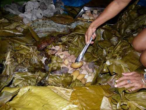 yams-sweet-potatoes-bread-fruit-fish-pork1