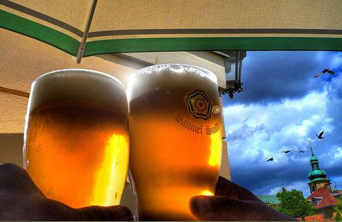 beer-toast-palmz-cc